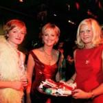 Nina Petri, Ulla Kock am Brink und Zigaretten-Hostess