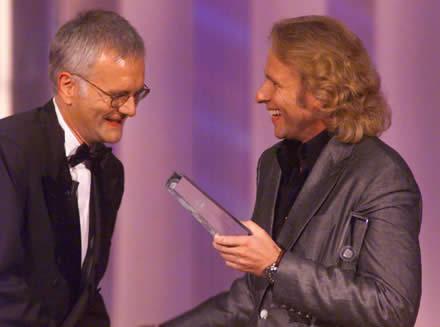 Harald Schmidt, Gewinner der Kategorie Beste Unterhaltungssendung mit Laudator Thomas Gottschalk
