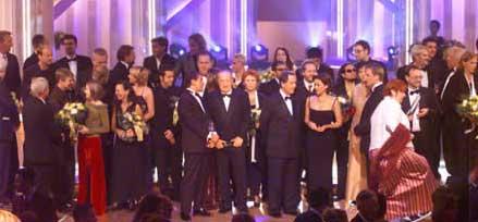 Gruppenbild mit allen Preisträgern und Laudatoren