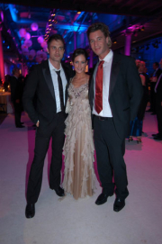 Ralf Bauer (li.) mit Yvonne Burbach und Lars Korten (Verbotene Liebe)