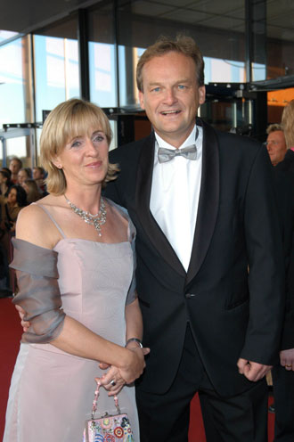 """Hart aber fair""-Moderator Frank Plasberg und Dr. Angela Maas"