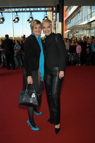 Sybille Weischenberg mit ihrer Tochter