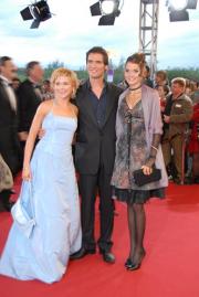 Alles was zählt-Stars Tanja Szewczenko, Thorsten Grasshoff und Christiane Klimt (v. li.)