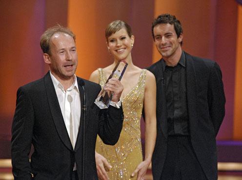 Der Preis für die beste Nebenrolle geht an Ulrich Noethen für seine Rolle in Dresden