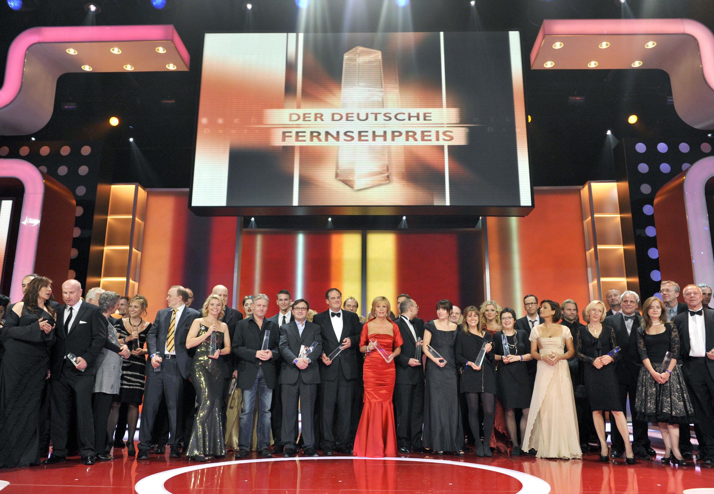 Alle Preisträger und Laudatoren auf der Bühne