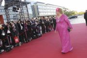 Roter Teppich beim Deutschen Fernsehpreis 2010: Cindy aus Marzahn