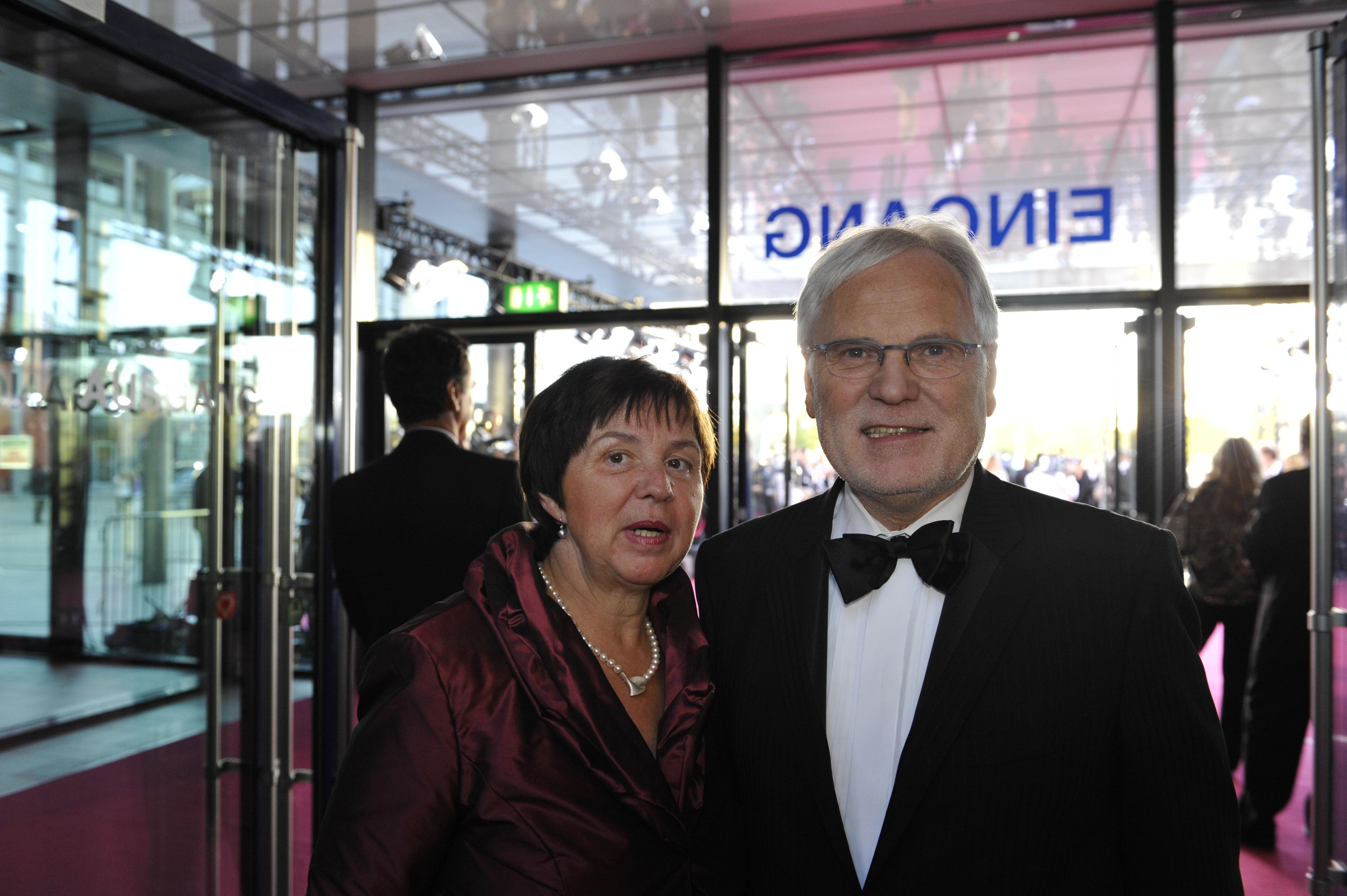 ZDF-Indentant Markus Schächter mit Ehefrau