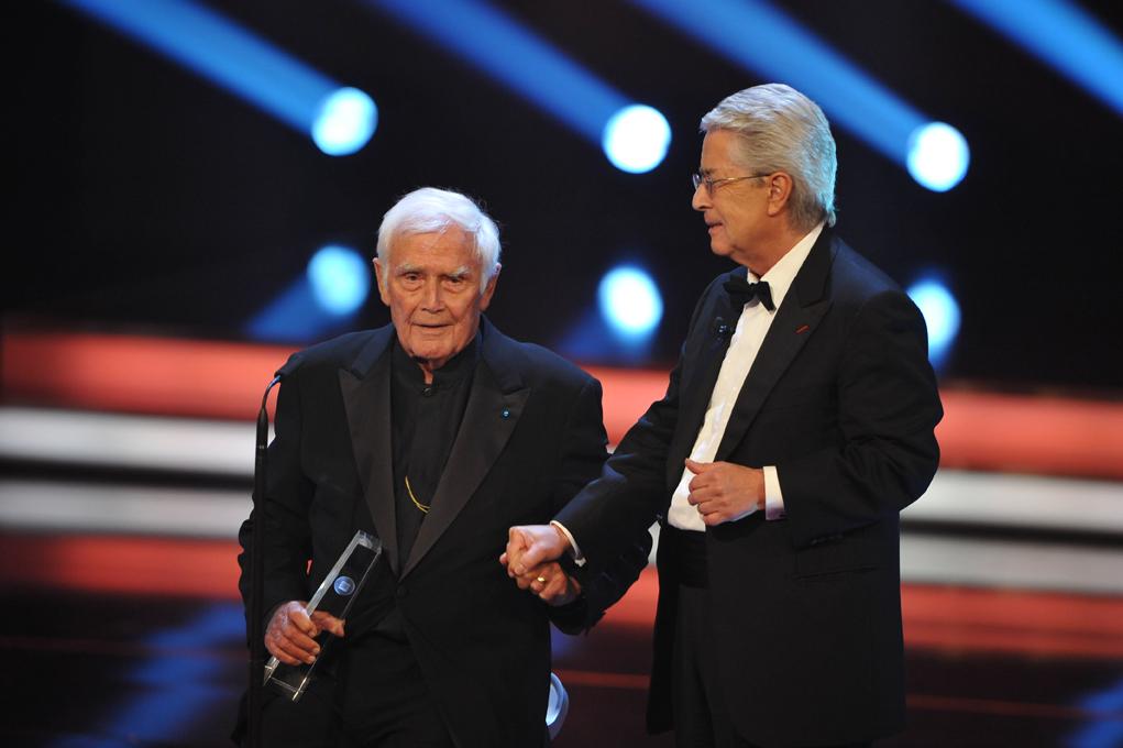 Ehrenpreisträger Joachim Fuchsberger mit Laudator Frank Elstner
