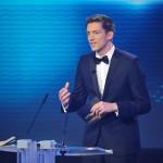 Laudator und Stern TV-Moderato Steffen Hallaschka