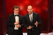Philipp Kaessbohrer und Matthias Schulz bedanken sich für den Förderpreis
