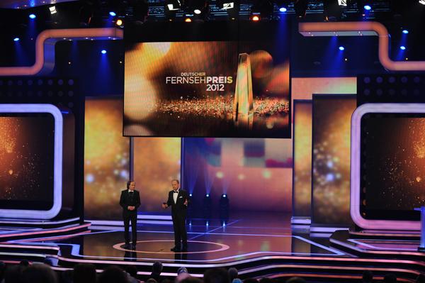 Oliver Welke und Olaf Schubert moderieren den DEUTSCHEN FERNSEHPREIS 2012