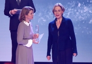 """Bestes Buch"", in Vertretung nimmt Sibylle Seidel den Preis entgegen"