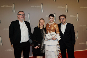 Ensemble Tatortreiniger:  Christian Granderath, Kerstin Ramcke, Mizzi Meyer, Bjarne Mädel
