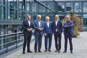 #Team Stifter: Stephan Schäfer (RTL), Dr. Thomas Bellut (ZDF), Daniel Rosemann (ProSieben und SAT.1), Tom Buhrow (WDR/ARD), Michael Schuld (Deutsche Telekom)